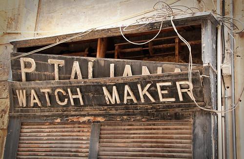 Valletta-shop-sign