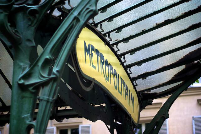 Guest Post: Montmartre Vignettes (via Little Big) | Beto