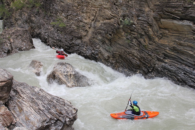 Slot and drop on the Durance Gorge