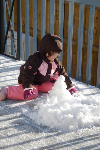 Trying to Build a Snowman