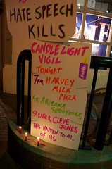 Candlight vigil for Gabrielle Giffords & Arizo...