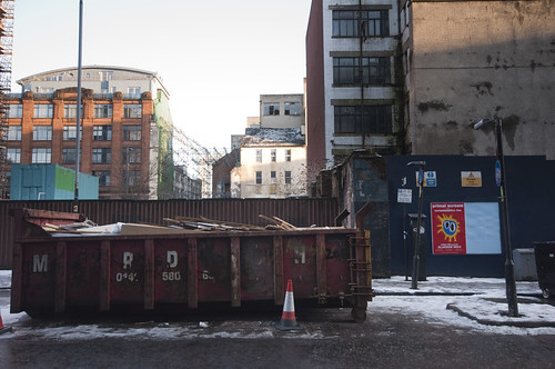 The skip and the cycle contraflow