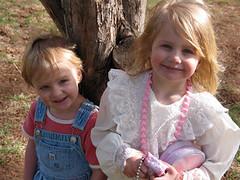 Maddie-and-Chloe-Smiling_1