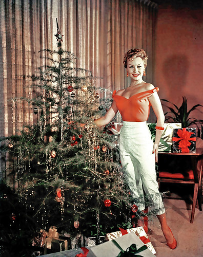 ... Mitzi Gaynor flaunts her tree!
