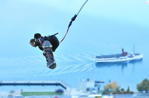 Bungee Jumping - THE LEDGE BUNGY