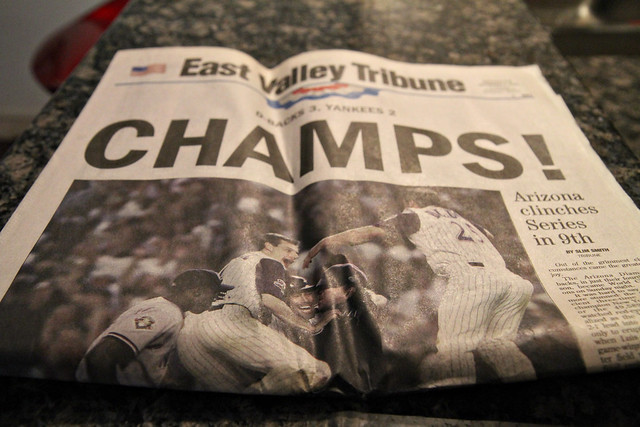 Diamondbacks win the World Series - paper dated 11/05/01.