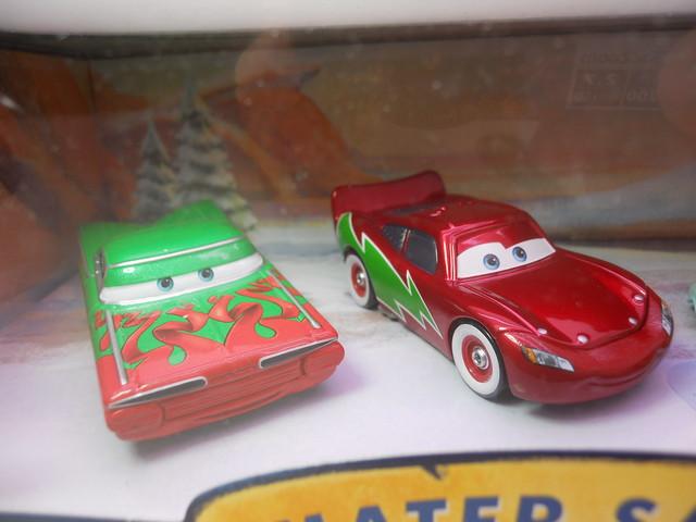 Mater saves christmas story tellers, luigi,guido fillmore,hotshot lightning mcqueen ramone target set (2)