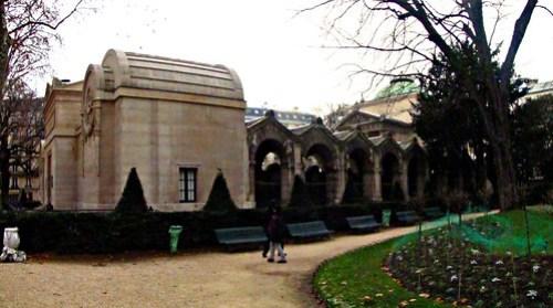 Paris: Cappella Espiatoria
