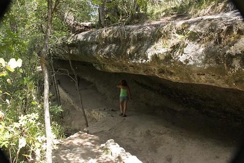 McKinney Falls Natural Stone Halfcave Roberta
