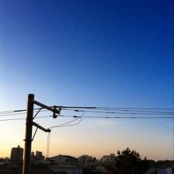 (^o^)ノ < おはよー! 今朝の大阪、快晴です。