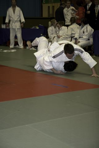 Andrew throwing for Ippon