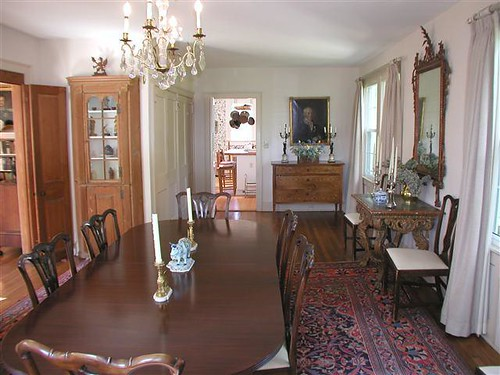 CT house dining room