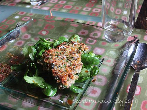 Pork leg on lambs lettuce