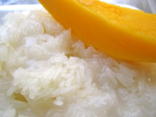 best thing ever. mango and sticky rice. you haven't had mango until you've had it in Southeast Asia.