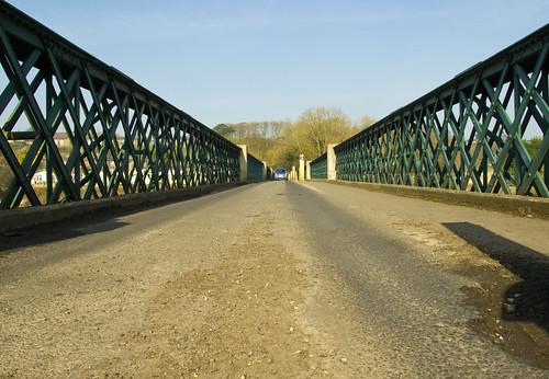 The old single track road bridge over the Lune