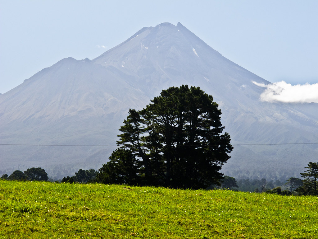 Mount Taranaki (formerly Egmont)