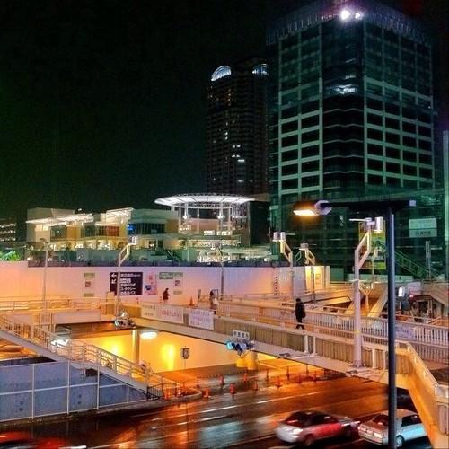 夜の阿倍野歩道橋…Mioからみたところ。みんなー、今日もお疲れ様でした。☆。.:*:・'゜ヽ( ´ー`)ノ まったね~♪ #Osaka #Abeno #night
