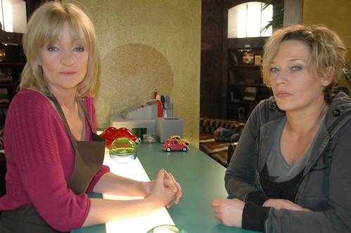 Julia en Peggy kunnen elkaars bloed drinken