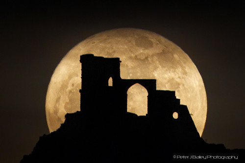 Super Moon and Mow Cop