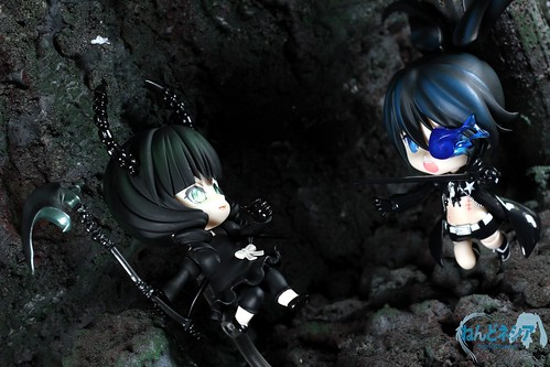 An epic battle is about to begin: DM vs BRS!