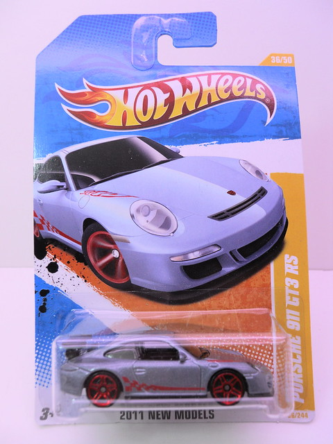 hot wheels porsche 911 gt3 rs (1)
