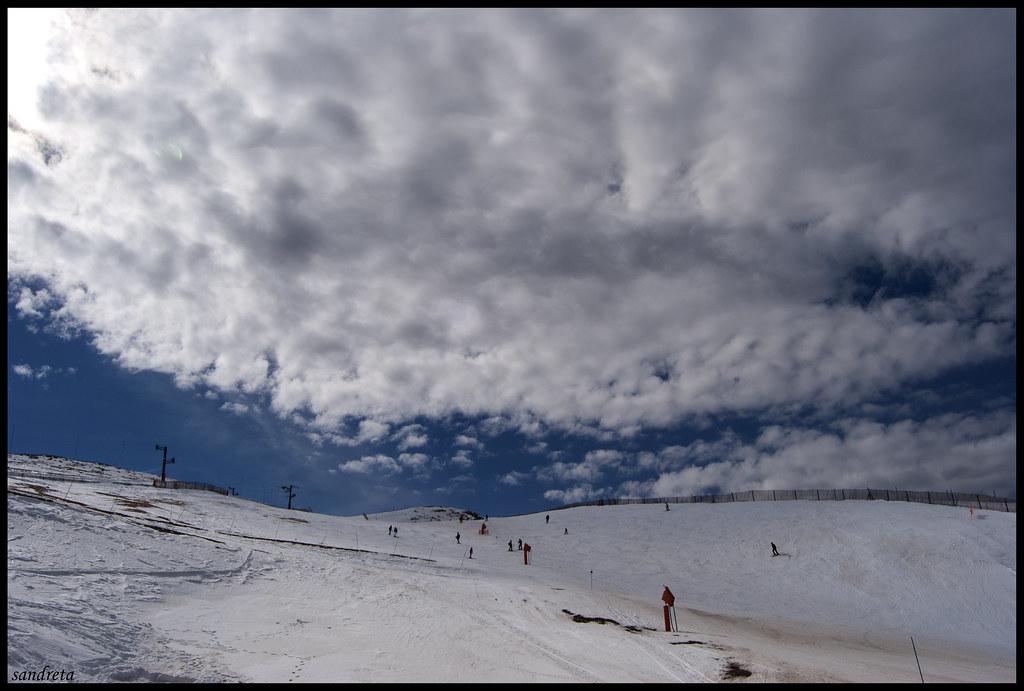 Nubes sobre la nieve