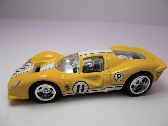 hot wheels garage ferrari 333 P4 yellow (2)