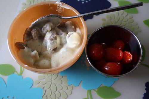 whole wheat gnocchi; fettucine alfredo sauce; grape tomatoes