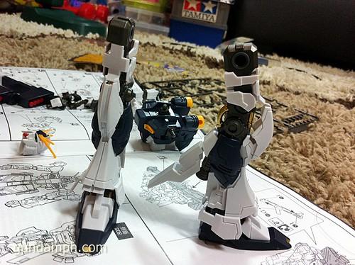 Building MC RX-93 Nu Gundoom Gundam (14)