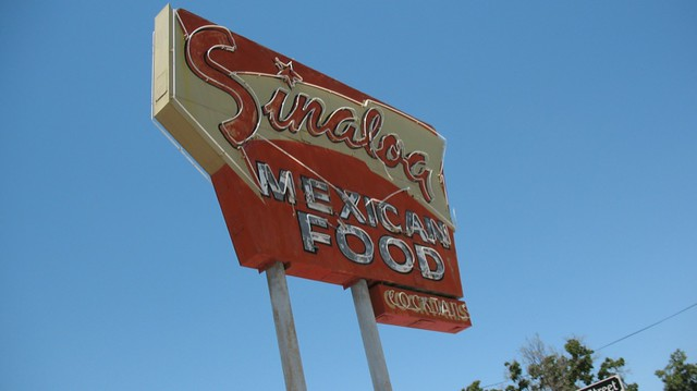 Sinaloa restaurant neon, Bakersfield