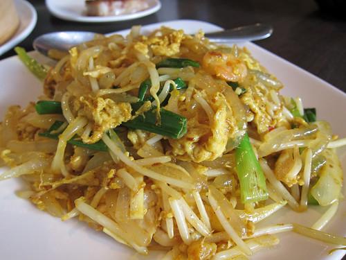 Fried Needle Noodles Singapore Style