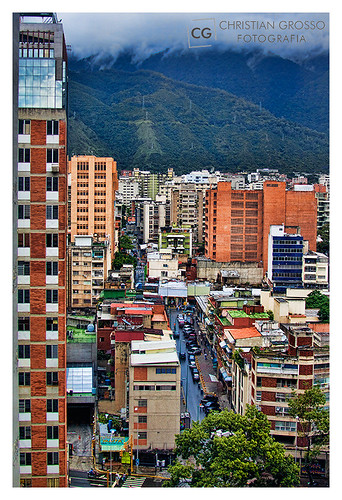 """Caracas • <a style=""""font-size:0.8em;"""" href=""""http://www.flickr.com/photos/20681585@N05/5292660347/"""" target=""""_blank"""">View on Flickr</a>"""