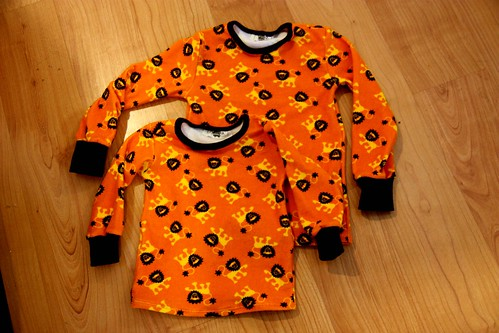 Lion shirts, size 116cm and 86cm