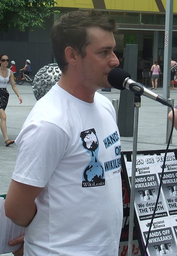 Ewan Saunders of Socialist Alliance MCs - Wikileaks Rally, Reddacliffe Place at Brisbane Square, Brisbane, Queensland, Australia 101218