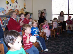 ThursdaySantaStorytime12-10 004