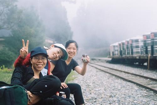 阿里山森林火車鐵軌旁好冷2