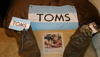 e4343c67ac0b TOMS shoes  half-assed aid   a bad deal