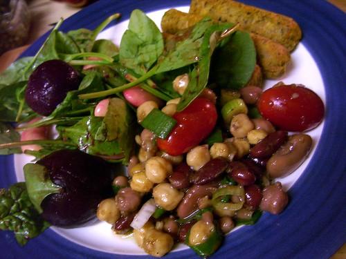 salad & sausages