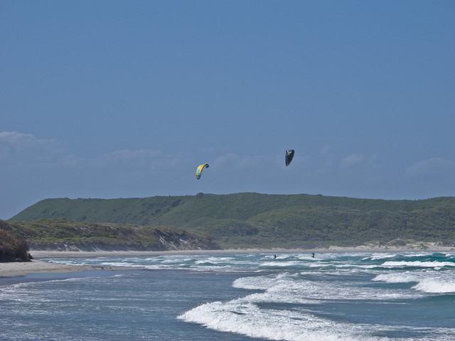 Kite Surfers at Parry Beach