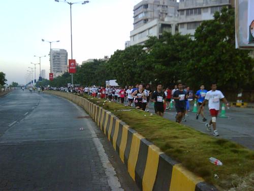 Mumbai Marathon: half marathon runners