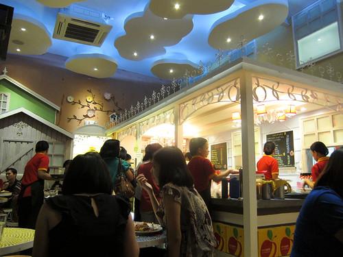 Inside Banapple Ayala Triangle