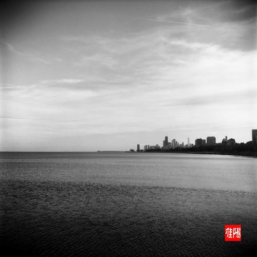 KodakDuaflexIV CHI Acros100 CityByTheLake01B