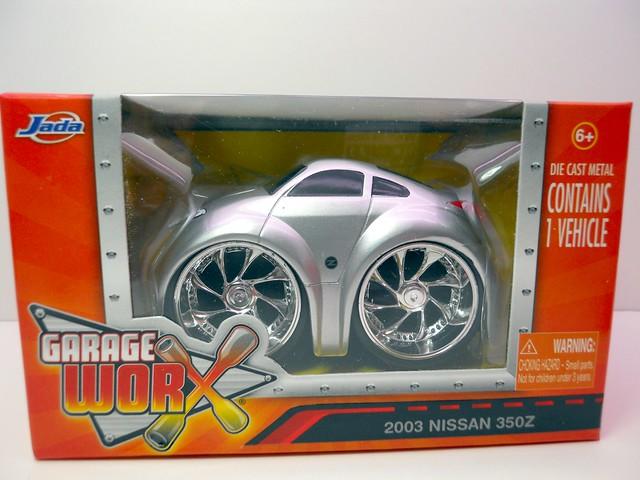 jada toys chub city 2003 nissan 350z (1)