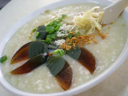 Jalan Alor - century egg porridge