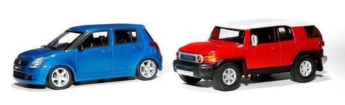 Saico Suzuki Swift + Toyota Land  Cruiser