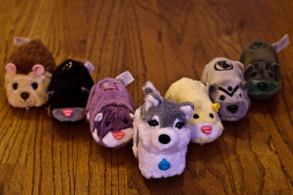 An army of zhu zhu pets.
