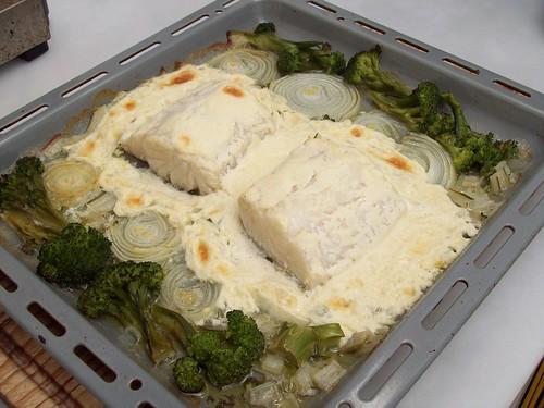 Bacalao al horno con salsa de mostaza