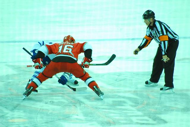 hockey: maple leafs @ hurricanes