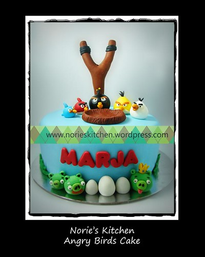 Norie's Kitchen - Angry Birds Cake