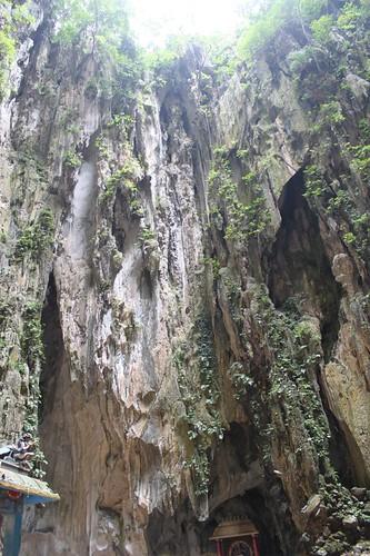 201102180761_Batu-cave-interior